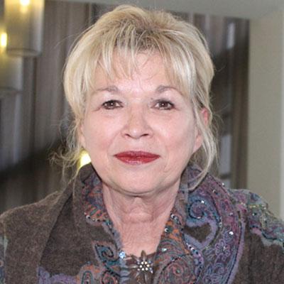 Dr Angela Du Plessis